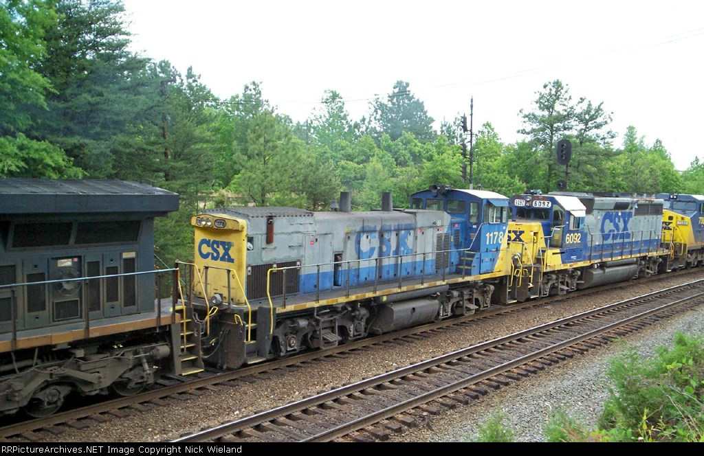 CSX 1178 sits in the middle